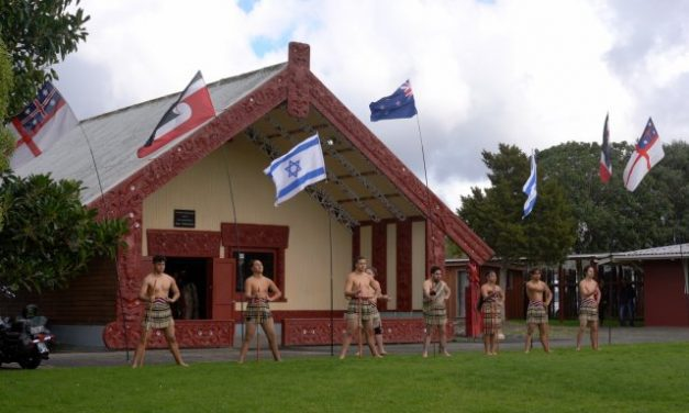 Historic Maori-led apology to Israel
